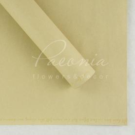 Бумага для упаковки цветов водостойкая плотная листовая с надписью по краю кремовая 60см*60см