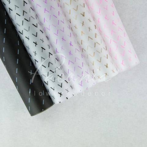 Калька флористическая листовая 60см*60см прозрачная сиреневые штрихи