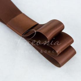 Стрічка атласна коричнева матова 2см*23м