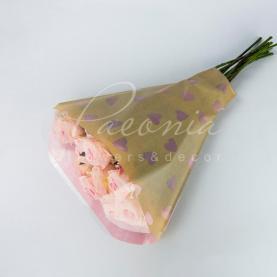 Пакет флористический для букета 52см*44см*12см сердечки на бежевом розовый