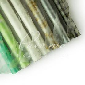 Пленка для цветов прозрачная с рисунком в рулоне 70 см*10 м